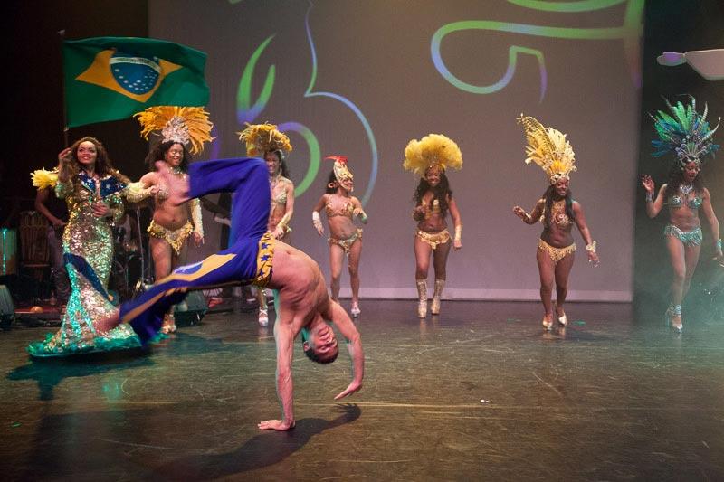 capoeira-car16