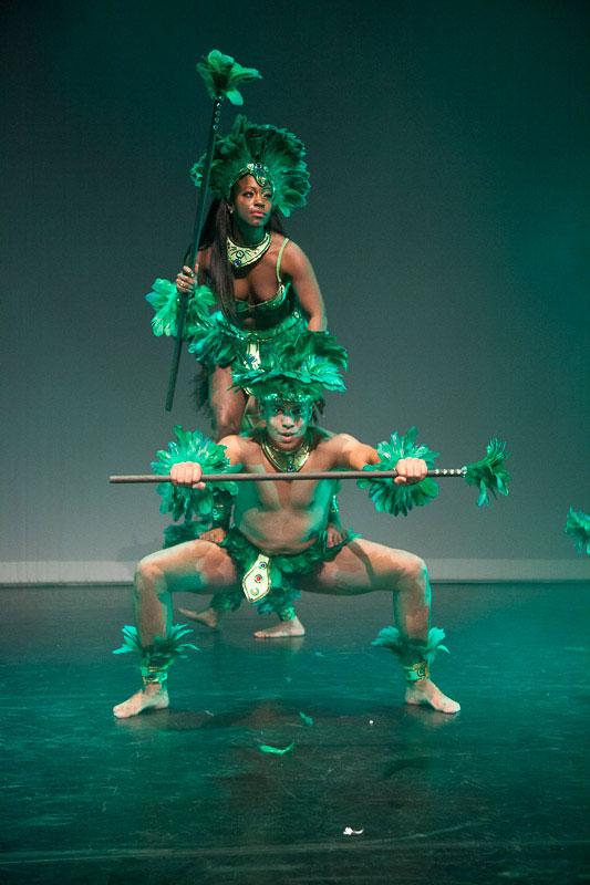 indianen-dans-car11