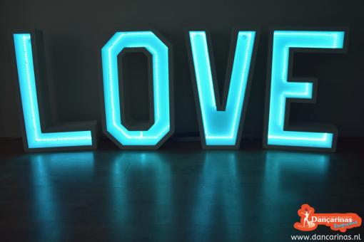 3-2-love-letters-verhuur-licht-led-dancarinas-tropicais-bruiloft-valentijnsdag-www.dancarinas.nl