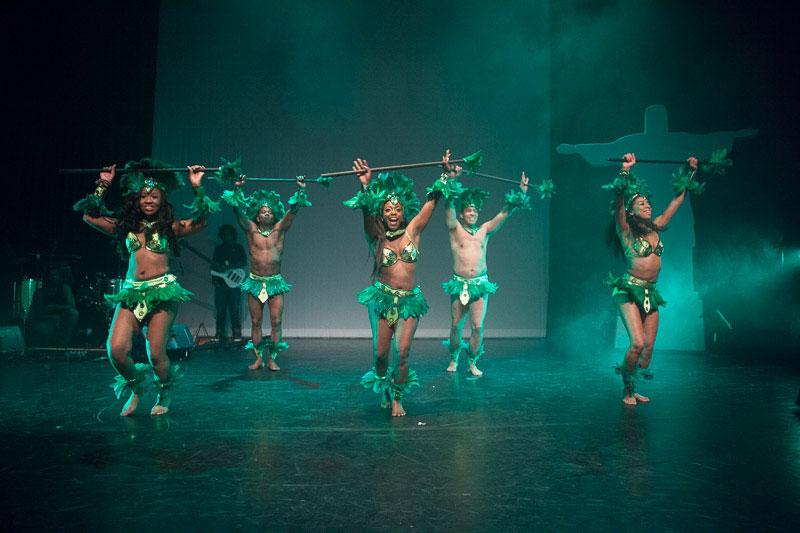 indianen-dans-car13