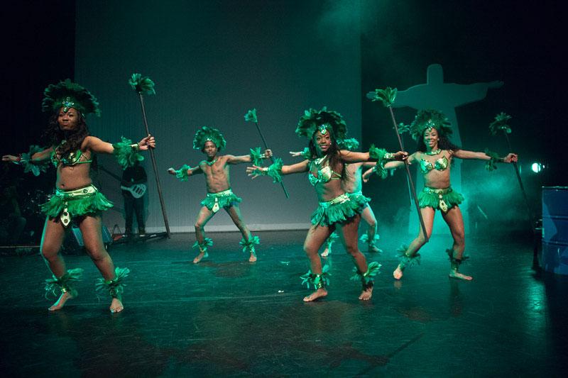 indianen-dans-car9