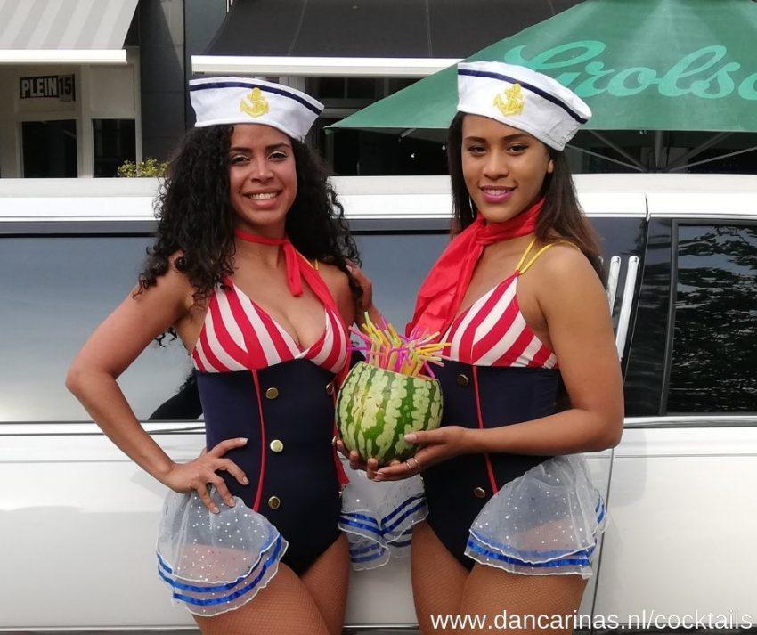www.dancarinas.nl_cocktails-gastvrouwen-cocktailshakers-fruit-dames-mobiele-bar-tuinfeest-barbeque-bbq